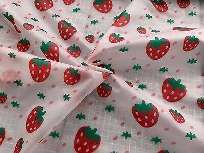 Regenjackenstoff - Erdbeeren - leicht transparent - weich