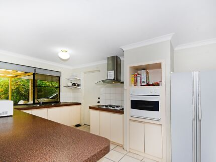 2/35 Palmerston St, St James - Comfortable Living…Make the Move!