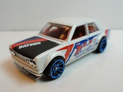 2010 Hot Wheels Nightburnerz #9 Datsun Bluebird 510 (White)