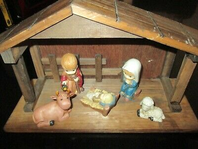 CHRISTMAS NATIVITY SET with STABLE with PORCELAIN FIGURES