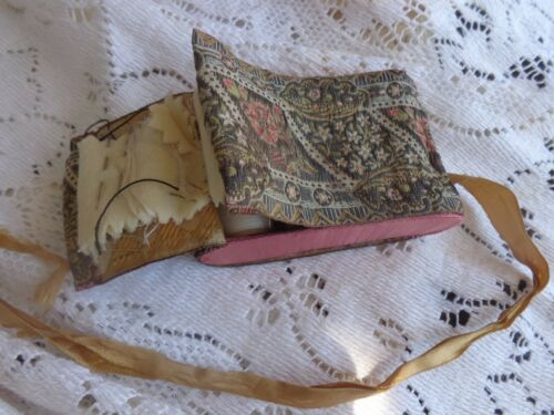 UNUSUAL VINTAGE FRENCH PINK RIBBON BOUDOIR TAPESTRY SEWING THREAD BOX CASE