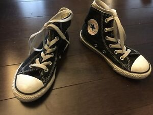Converse All Stars high tops like new - size 12