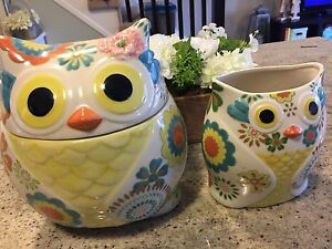 Pier One cookie jar and utensil holder