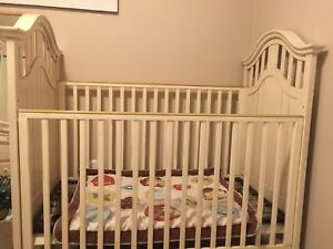 Euc drop side crib (West Coast Kids)