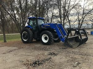 Newholland T7-235 front wheel tractor