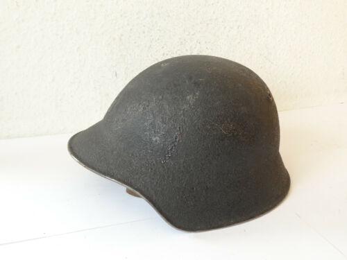 Fine WWII SWISS ARMY M18 HELMET WITH LEATHER LINER & STRAP Military ~1960