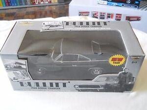 Steve-McQueen-Bullitt-1968-Dodge-Charger-etrl-1-18-Diecast