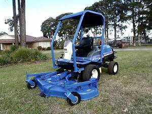 ISEKI SF310 DIESEL 4X4 OUT FRONT DECK RIDE ON LAWN MOWER OUTFRONT Austral Liverpool Area Preview