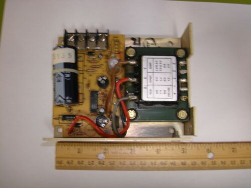 12V DC Power Supply 1.7A Deltron W104A Linear Regulated 47-440Hz Open Frame