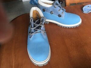 Sky Blue Timberland Hiking Boots - Women's size 7-8