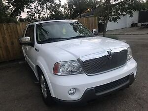2003 Lincoln Navigator for sale or trade