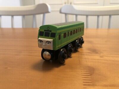 Thomas & Friends Wooden Railway Tank Train Daisy the Diesel Engine - 2001 - EUC