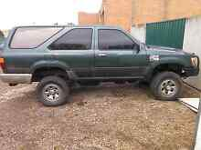 99 hilux surf 2.4 turbo diesel. Campbellfield Hume Area Preview