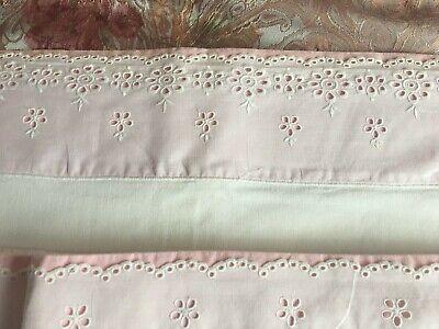 1 drap de lit coton, 220x 270cm + 2 taies 65x65 cm