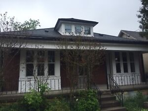 Locke & Melbourne - Completely Renovated - Available July 1st