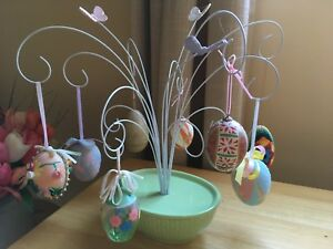 Decorative eggs and display stand