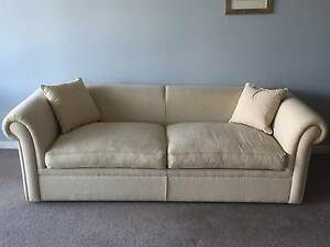 3 seater sofa bed Southbank Melbourne City Preview