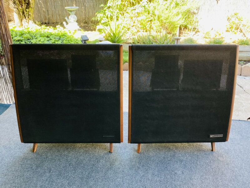 Vintage Pair of Dahlquist DQ-10 5-Way Phased Array Speakers