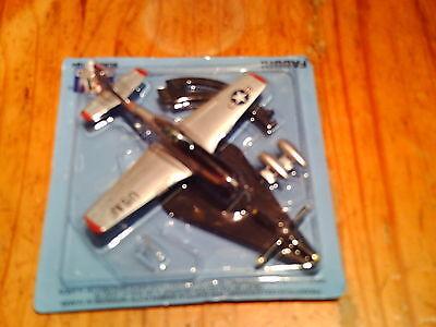 Italeri  Fabbri  1: 100  P-51  Mustang