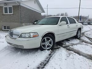 Lincoln Town car 2006 ***DESIGNER édition ***
