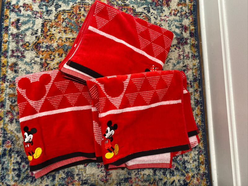 Disney Mickey Mouse & Minnie Mouse Bath Towel by Jumping Beans Set 3 New Red