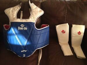 Tae kwon do chest protector, size 2. Bought new.