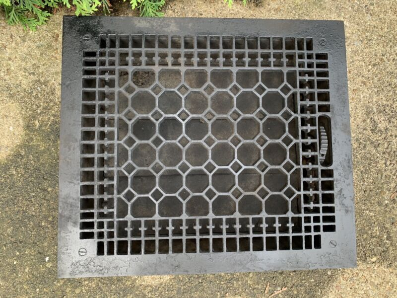 Ex. Large Heavy CAST IRON Ornate Louvered Working HEAT Grate Antique Window Vent