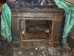 Vermont castings winter warmer fireplace insert