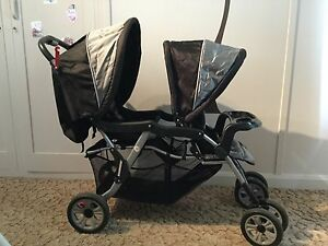 Double pram Beauty Point West Tamar Preview
