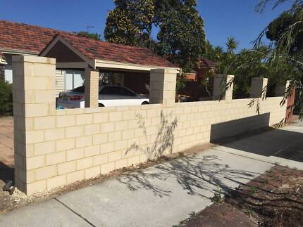 Bricklaying,Limestone Block work,Paving & Feature walls