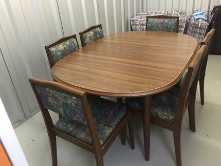 Dining table (expanding) with 6 chairs Hunters Hill Hunters Hill Area Preview