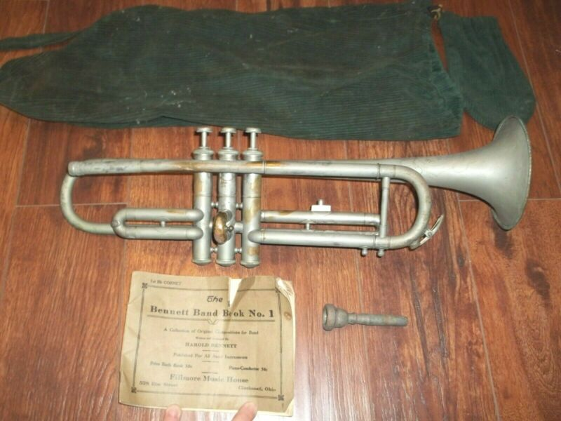 Vintage Carl Fischer Reliable Trumpet NY  W/ Bennett Band Book 1