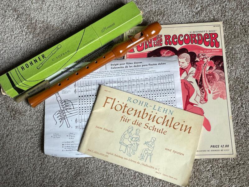VINTAGE HOHNER KONZERT 9501 C-SOPRANO RECORDER! MADE IN GERMANY W/2 BOOKS!
