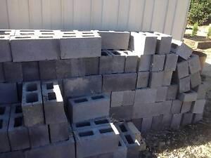 Besser Blocks 390 mm x 190mm x 140mm     125  Total Mount Eliza Mornington Peninsula Preview