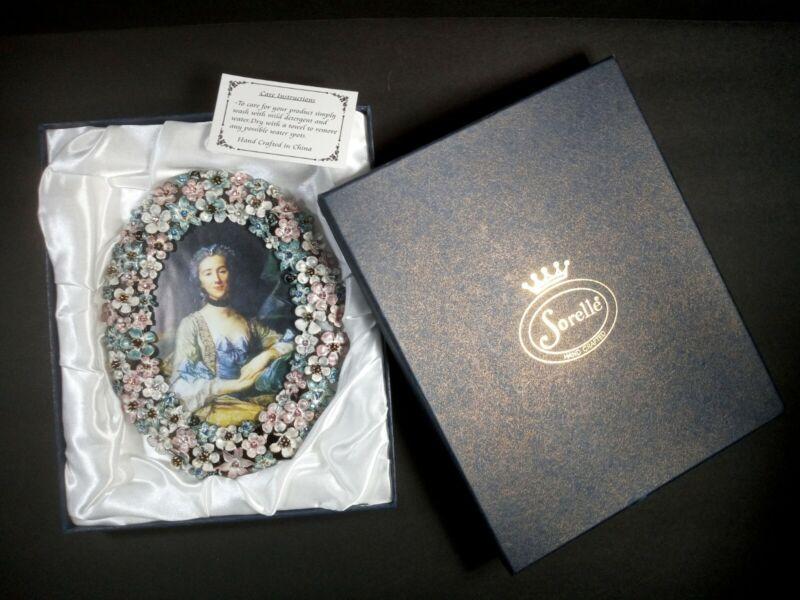 Sorelle Hand Crafted Metal Floral Crystal Embellished Oval Heirloom Photo Frame