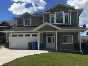 6 BED 3 BATH HOME WITH SECOND KITCHEN