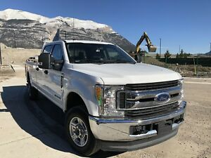 Ford XLT F350 Diesel, Crew Cab, Long Box