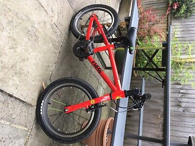 frog 48 bike kids,in super condition, mechanically perfect.