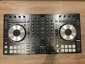 Pioneer DDJ-SX controller *Great condition*