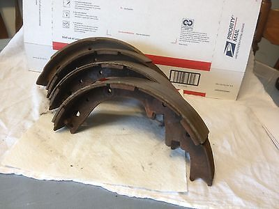 Dodge products brake shoes,   used. Dodge 1971, 11x 2 inch.   Item: 5238