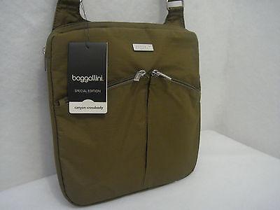Vn Shoulder (BAGGALLINI Canyon Crossbody Shoulder Bag  Olive Green & Yellow MCN810VN)