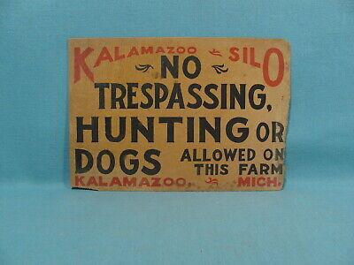 Vintage Cardboard No Hunting Sign Dog Gun Bow /& Arrow Great Graphics Deer Ducks
