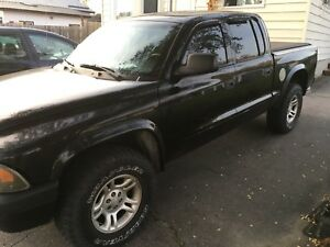 Dodge Dakota Sport 4X4 Quad Cab 4.7 Litre