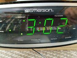 Emerson AM/FM Radio, CD-R/RW Player with dual Alarm Clock