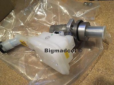 Nissan Micra Brake Master Cylinder assembly D6010-1HA2B