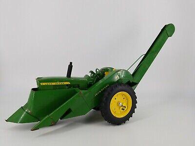 1/16 Original Ertl Eska John Deere 3010 & Mounted Corn Picker Long Nose W/ Wagon