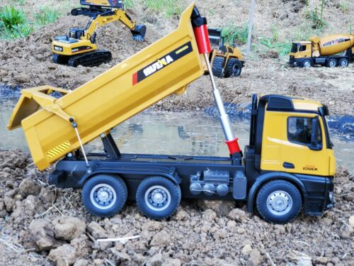Huina 1582 10-Channel RC Full Metal Dump Truck 1:14 Scale