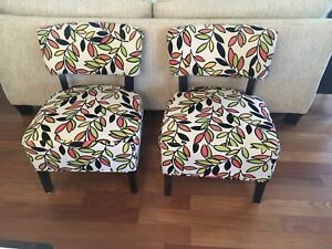Chairs (2 matching$