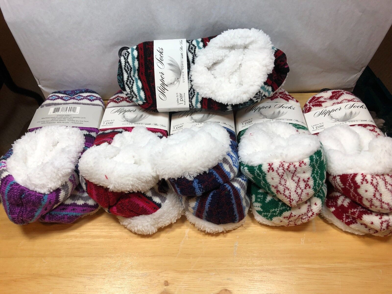 Women's winter Fleece Lining Fuzzy Super Soft Slipper Socks With Aloe Vera Clothing, Shoes & Accessories