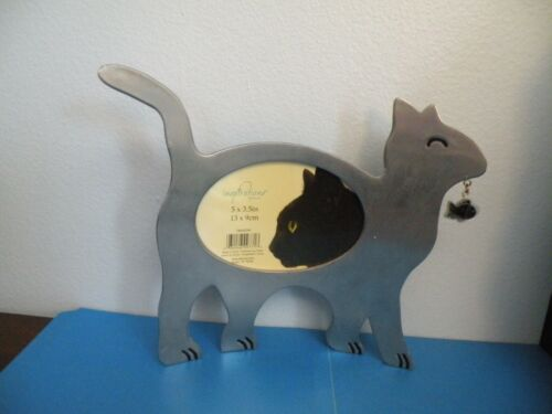 """Cat holding fish Kitten Kitty metal picture frame 3.5x5"""" New by Inspirations H23"""